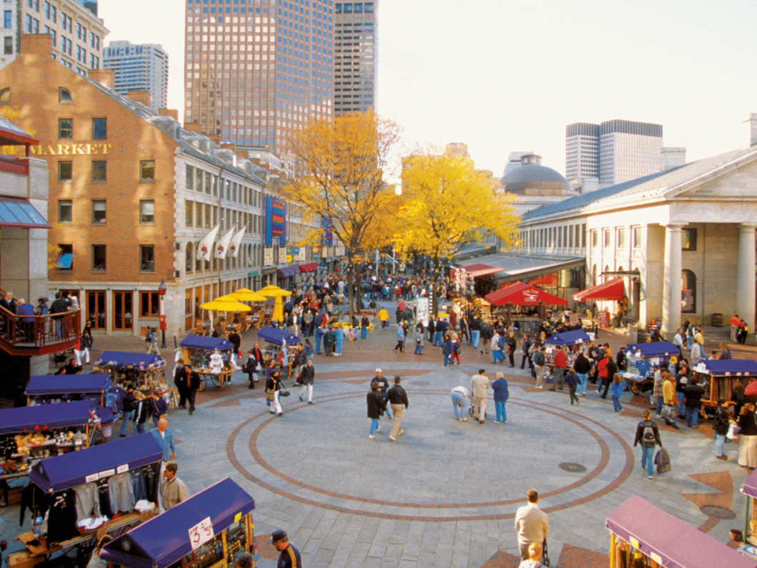Quincy Market Shopping (Boston, MA)