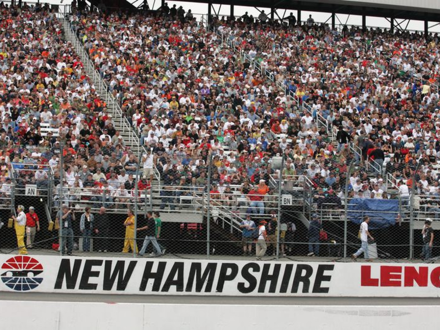 NASCAR (New Hampshire Motor Speedway)
